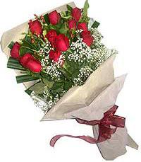 11 adet kirmizi güllerden özel buket  Şanlıurfa çiçek gönderme