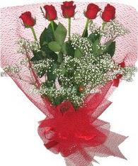 5 adet kirmizi gülden buket tanzimi  Şanlıurfa çiçek online çiçek siparişi