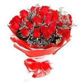Şanlıurfa çiçek siparişi vermek  12 adet kırmızı güllerden görsel buket
