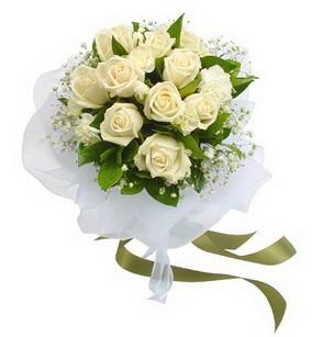 Şanlıurfa uluslararası çiçek gönderme  11 adet benbeyaz güllerden buket