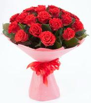 12 adet kırmızı gül buketi  Şanlıurfa İnternetten çiçek siparişi