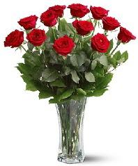 11 adet kırmızı gül vazoda  Şanlıurfa çiçek gönderme