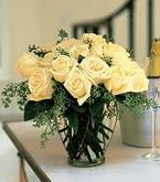 Şanlıurfa İnternetten çiçek siparişi  11 adet sari gül mika yada cam vazo tanzim