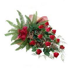 Şanlıurfa çiçek satışı  10 adet kirmizi gül özel buket çiçek siparisi