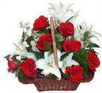 sepette gül ve kazablankalar   Şanlıurfa çiçek yolla , çiçek gönder , çiçekçi