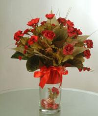 yapay güllerden vazo  9 gül  Şanlıurfa hediye çiçek yolla