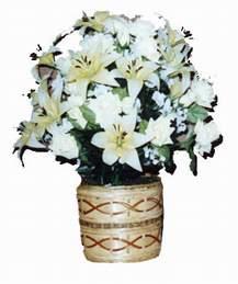 yapay karisik çiçek sepeti   Şanlıurfa çiçek siparişi vermek