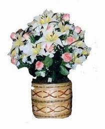yapay karisik çiçek sepeti   Şanlıurfa internetten çiçek siparişi