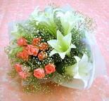 Şanlıurfa çiçek online çiçek siparişi  lilyum ve 7 adet gül buket