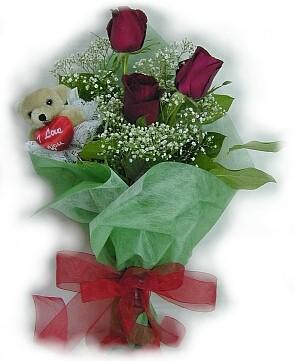 3 adet gül ve küçük ayicik buketi  Şanlıurfa çiçek , çiçekçi , çiçekçilik
