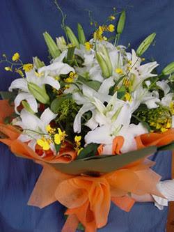 Şanlıurfa çiçek gönderme sitemiz güvenlidir  5 ADET KAZABLANKA BUKETI KALITEDEN SASMAYANLARA
