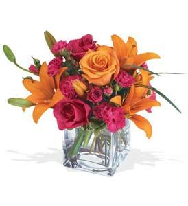 Şanlıurfa çiçek siparişi vermek  cam içerisinde kir çiçekleri demeti