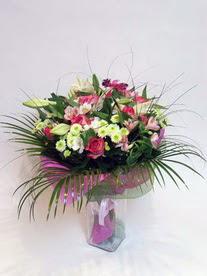 Şanlıurfa online çiçekçi , çiçek siparişi  karisik mevsim buketi mevsime göre hazirlanir.