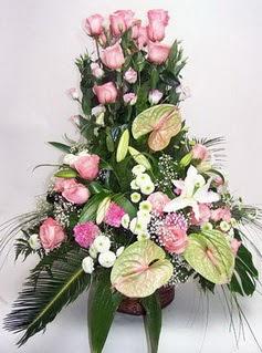 Şanlıurfa yurtiçi ve yurtdışı çiçek siparişi  özel üstü süper aranjman