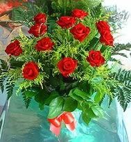 12 adet gül buketi  Şanlıurfa çiçek siparişi sitesi