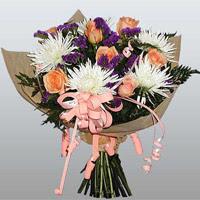 güller ve kir çiçekleri demeti   Şanlıurfa çiçek yolla