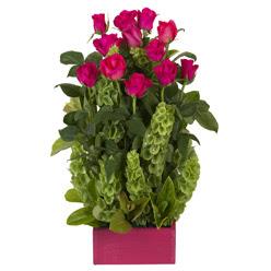 12 adet kirmizi gül aranjmani  Şanlıurfa çiçek siparişi vermek