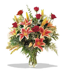 Şanlıurfa internetten çiçek siparişi  Pembe Lilyum ve Gül