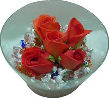 Şanlıurfa çiçekçi mağazası  5 adet gül ve cam tanzimde çiçekler