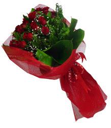 Şanlıurfa hediye sevgilime hediye çiçek  10 adet kirmizi gül demeti