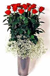 Şanlıurfa çiçek , çiçekçi , çiçekçilik  9 adet kirmizi gül cam yada mika vazoda