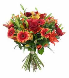 Şanlıurfa çiçek servisi , çiçekçi adresleri  3 adet kirmizi gül ve karisik kir çiçekleri demeti