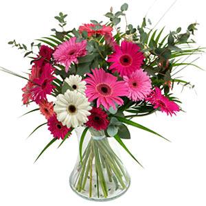 15 adet gerbera ve vazo çiçek tanzimi  Şanlıurfa çiçek satışı