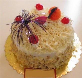 pasta siparisi 4 ile 6 kisilik yaspasta mis lezzette  Şanlıurfa çiçek mağazası , çiçekçi adresleri