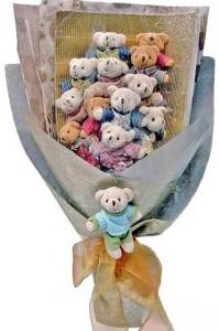 12 adet ayiciktan buket tanzimi  Şanlıurfa çiçek , çiçekçi , çiçekçilik