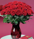 Şanlıurfa çiçekçiler  11 adet Vazoda Gül sevenler için ideal seçim