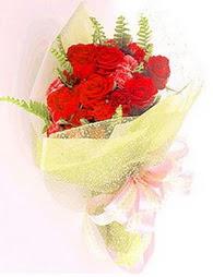 9 adet kirmizi gül buketi  Şanlıurfa çiçek , çiçekçi , çiçekçilik