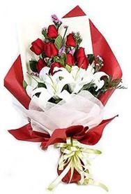Şanlıurfa online çiçekçi , çiçek siparişi  9 adet gül 2 adet kazablanka buketi