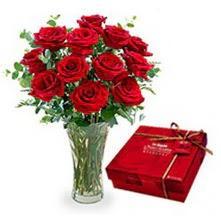 Şanlıurfa çiçek yolla , çiçek gönder , çiçekçi   10 adet cam yada mika vazoda gül çikolata