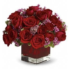 11 adet kırmızı gül vazosu  Şanlıurfa çiçek yolla