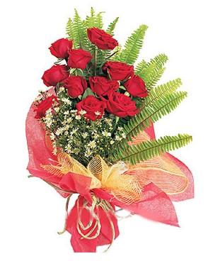 Şanlıurfa anneler günü çiçek yolla  11 adet kırmızı güllerden buket modeli