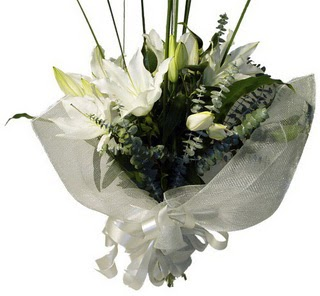 Şanlıurfa çiçek yolla , çiçek gönder , çiçekçi   2 dal kazablanka çiçek buketi