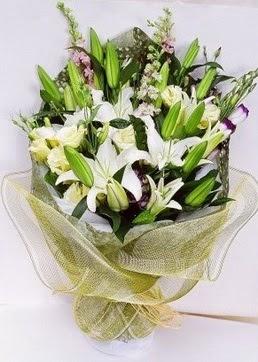 Şanlıurfa internetten çiçek siparişi  3 adet kazablankalardan görsel buket çiçeği