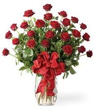 Sevgilime sıradışı hediye güller 24 gül  Şanlıurfa çiçekçi mağazası