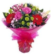 Karışık mevsim çiçekleri demeti  Şanlıurfa çiçek satışı