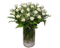 Şanlıurfa cicekciler , cicek siparisi  cam yada mika Vazoda 12 adet beyaz gül - sevenler için ideal seçim
