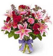 Vazo içerisinde karışık mevsim çiçeği  Şanlıurfa İnternetten çiçek siparişi