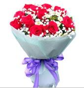 12 adet kırmızı gül ve beyaz kır çiçekleri  Şanlıurfa çiçek yolla , çiçek gönder , çiçekçi