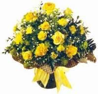 Şanlıurfa güvenli kaliteli hızlı çiçek  Sari gül karanfil ve kir çiçekleri