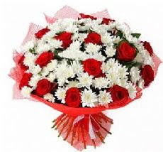 11 adet kırmızı gül ve 1 demet krizantem  Şanlıurfa çiçek siparişi vermek