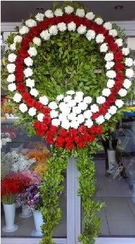 Cenaze çelenk çiçeği modeli  Şanlıurfa çiçek siparişi sitesi