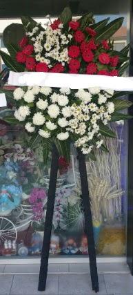 Cenaze çiçeği cenaze çiçek modelleri  Şanlıurfa İnternetten çiçek siparişi