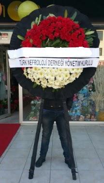 Cenaze çiçek modeli  Şanlıurfa İnternetten çiçek siparişi