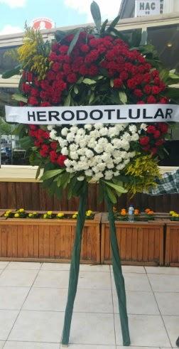 Cenaze çelengi cenazeye çiçek modeli  Şanlıurfa kaliteli taze ve ucuz çiçekler