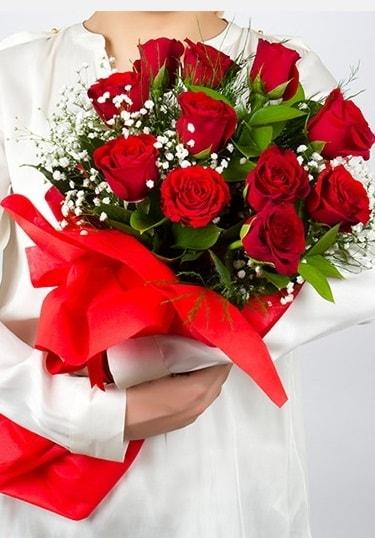 Aşk Gülleri 11 Adet kırmızı gül buketi  Şanlıurfa çiçek mağazası , çiçekçi adresleri