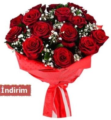 12 Adet kırmızı aşk gülleri  Şanlıurfa kaliteli taze ve ucuz çiçekler